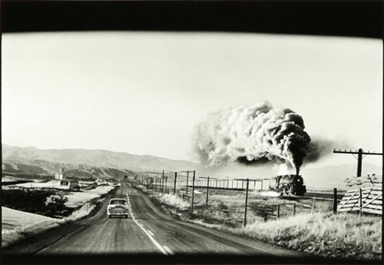 erwitt_wyoming_steam_trainweb_0.jpg